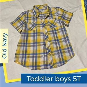 Old Navy Toddler Boys Button Down shirt, size 5T